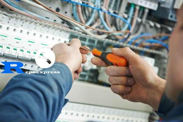 electricistas A Coruña 24 horas